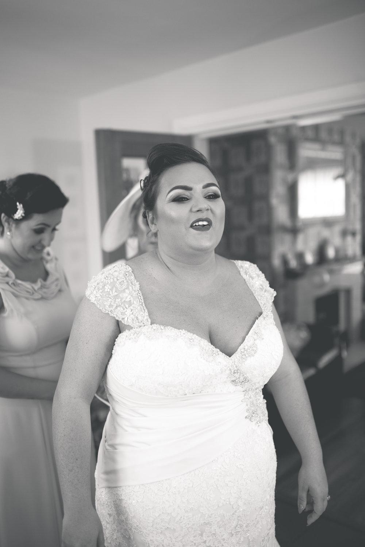 Antoinette & Stephen - Bridal Preparations | Brian McEwan Photography | Wedding Photographer Northern Ireland 145.jpg