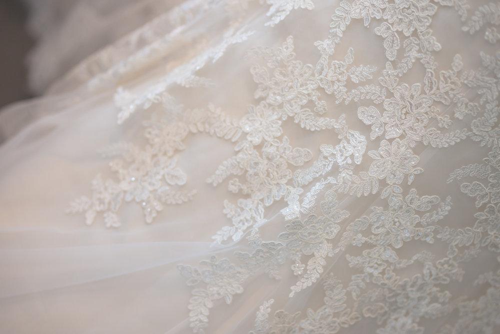 Antoinette & Stephen - Bridal Preparations | Brian McEwan Photography | Wedding Photographer Northern Ireland 151.jpg