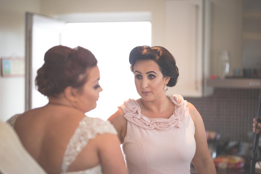 Antoinette & Stephen - Bridal Preparations | Brian McEwan Photography | Wedding Photographer Northern Ireland 165.jpg