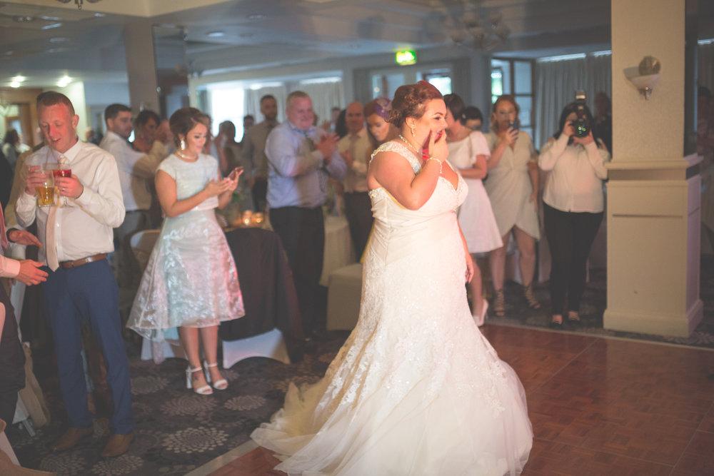 Antoinette & Stephen - First Dance | Brian McEwan Photography | Wedding Photographer Northern Ireland 2.jpg