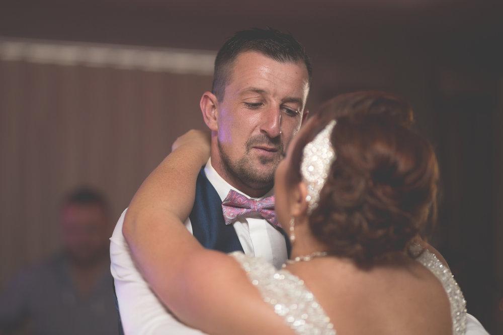 Antoinette & Stephen - First Dance | Brian McEwan Photography | Wedding Photographer Northern Ireland 7.jpg