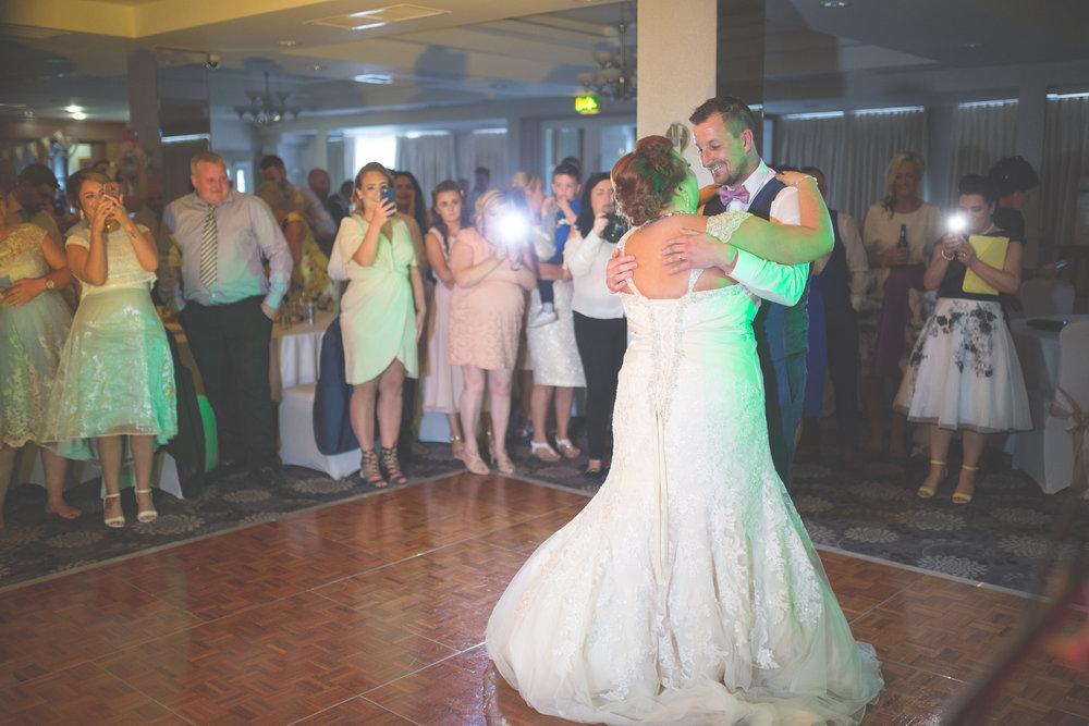 Antoinette & Stephen - First Dance | Brian McEwan Photography | Wedding Photographer Northern Ireland 10.jpg