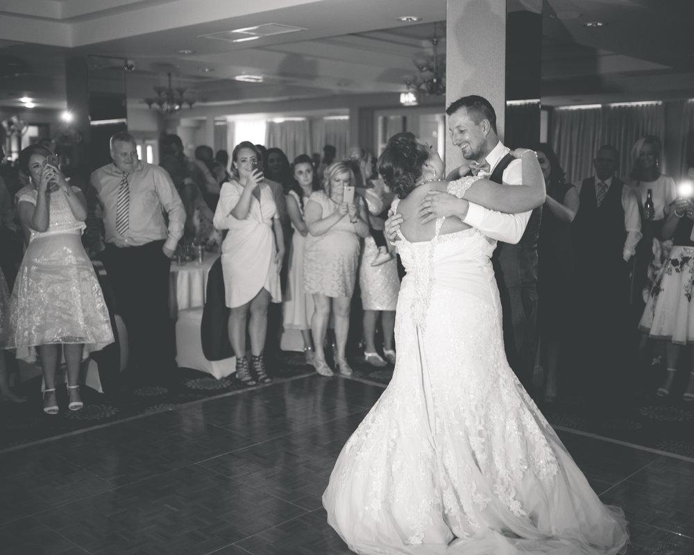 Antoinette & Stephen - First Dance | Brian McEwan Photography | Wedding Photographer Northern Ireland 11.jpg