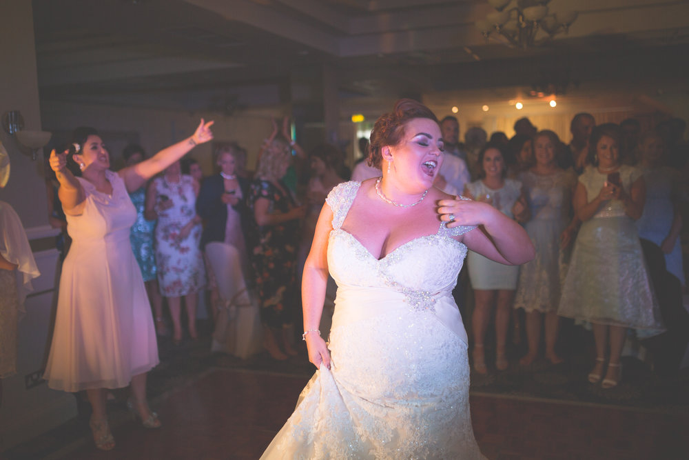 Antoinette & Stephen - First Dance | Brian McEwan Photography | Wedding Photographer Northern Ireland 22.jpg
