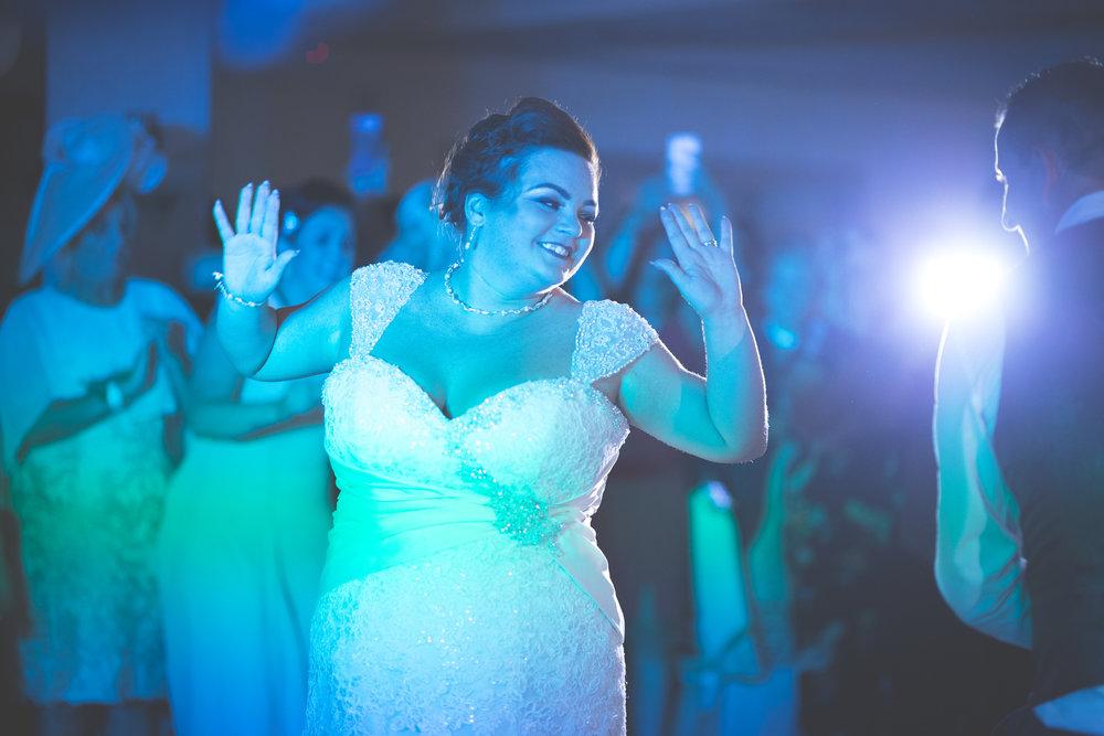 Antoinette & Stephen - First Dance | Brian McEwan Photography | Wedding Photographer Northern Ireland 32.jpg