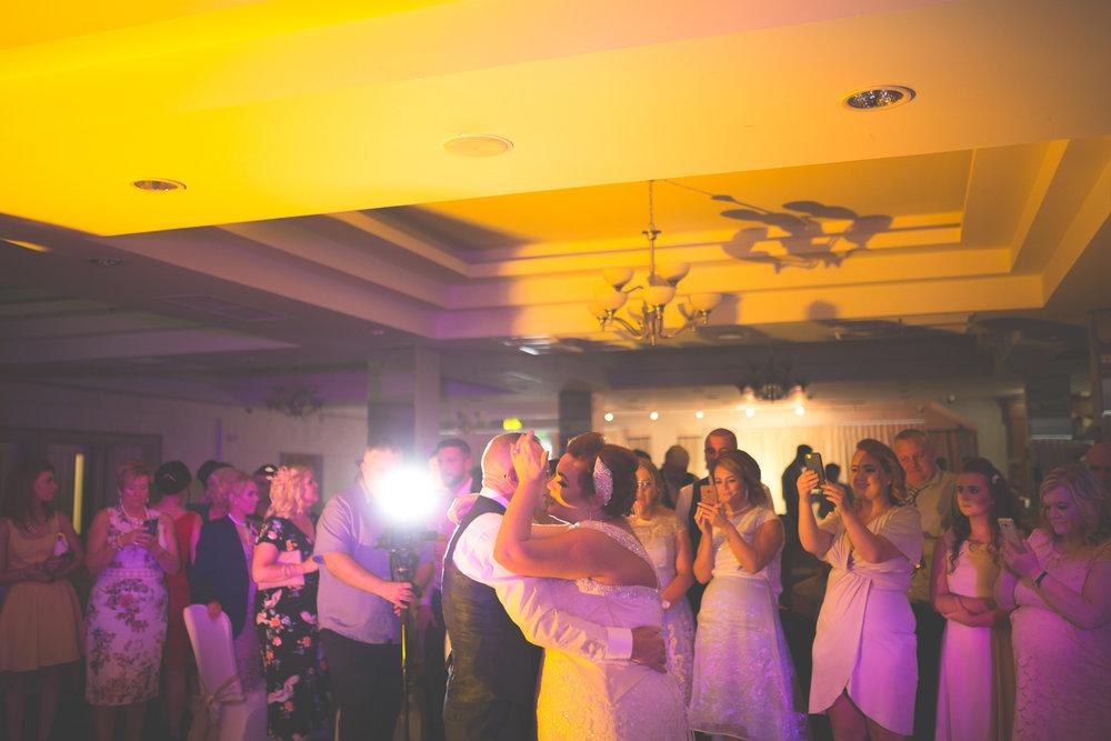 Antoinette & Stephen - First Dance | Brian McEwan Photography | Wedding Photographer Northern Ireland 45.jpg