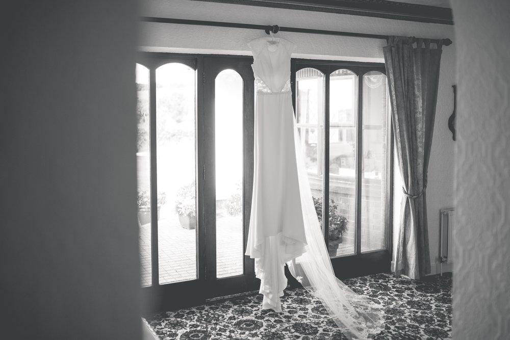 Brian McEwan Wedding Photography | Carol-Anne & Sean | Bridal Preparations-14.jpg