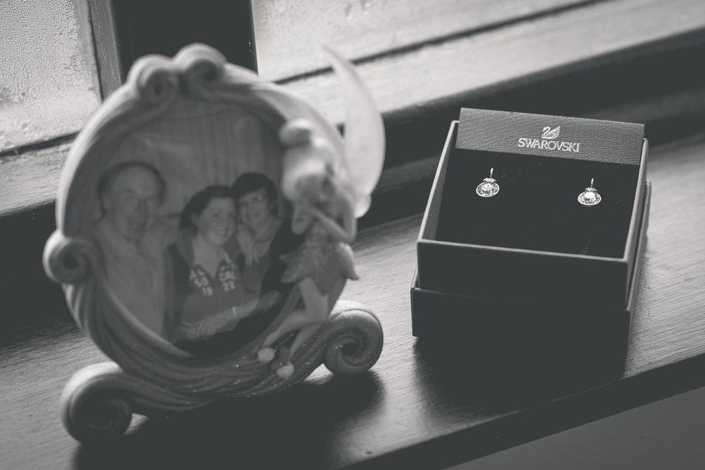 Brian McEwan Wedding Photography | Carol-Anne & Sean | Bridal Preparations-25.jpg