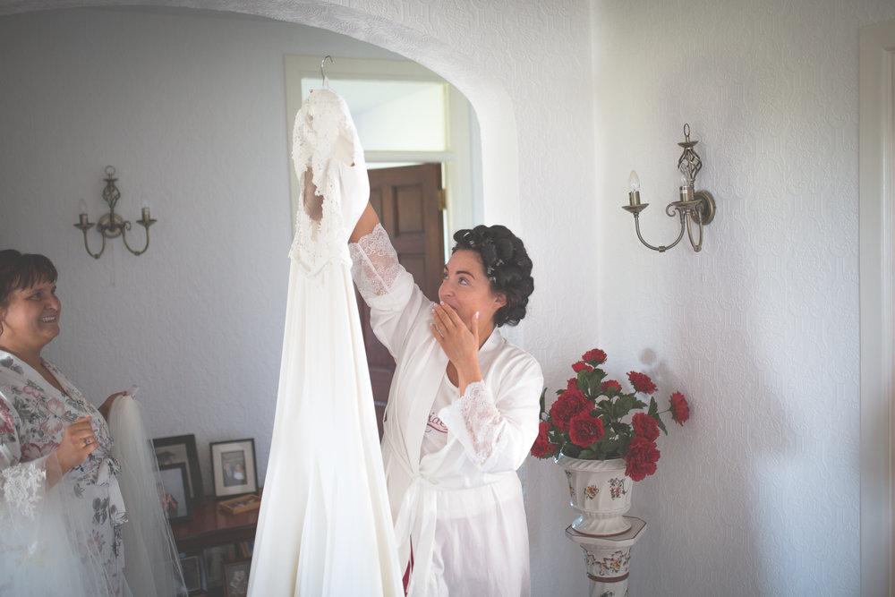 Brian McEwan Wedding Photography | Carol-Anne & Sean | Bridal Preparations-13.jpg