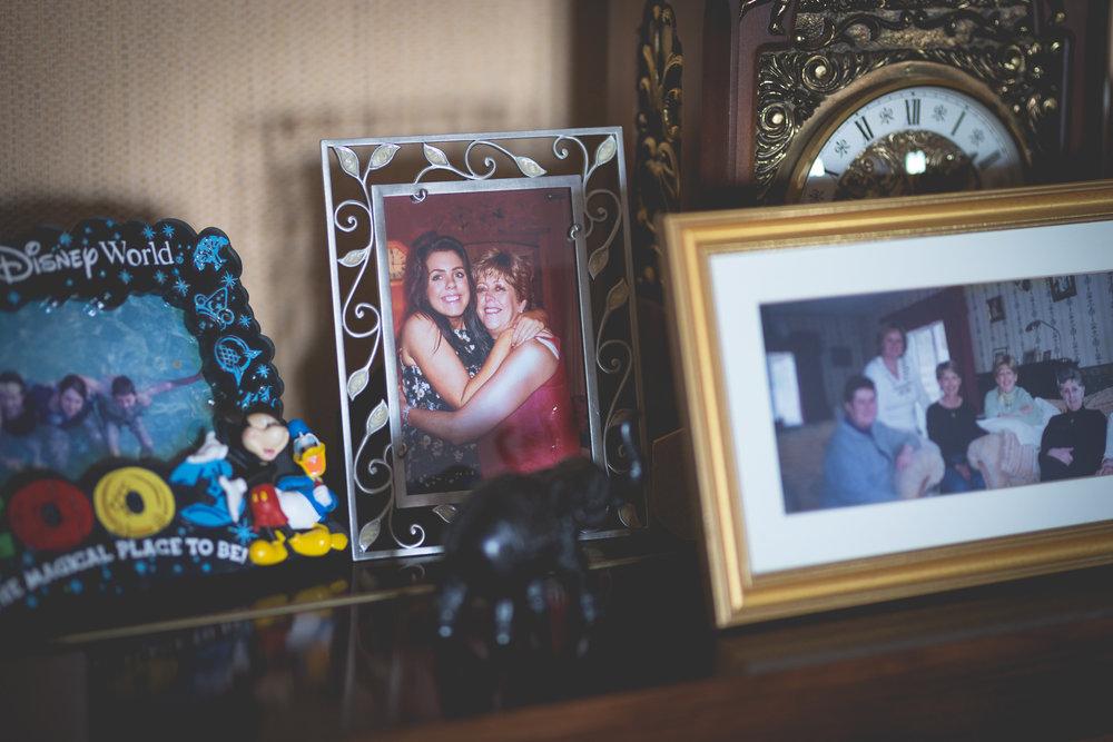 Francis&Oonagh-Bridal Prep-35.jpg