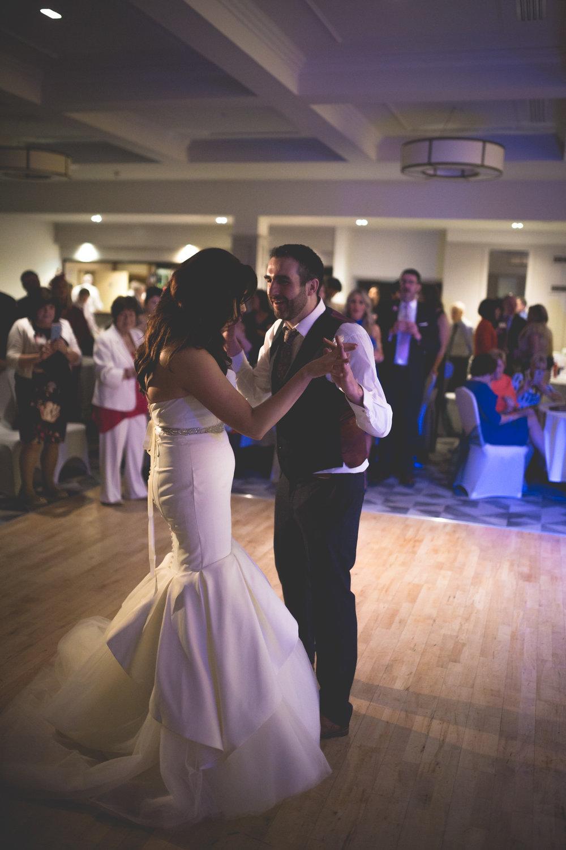 Francis&Oonagh-Dancing-11.jpg