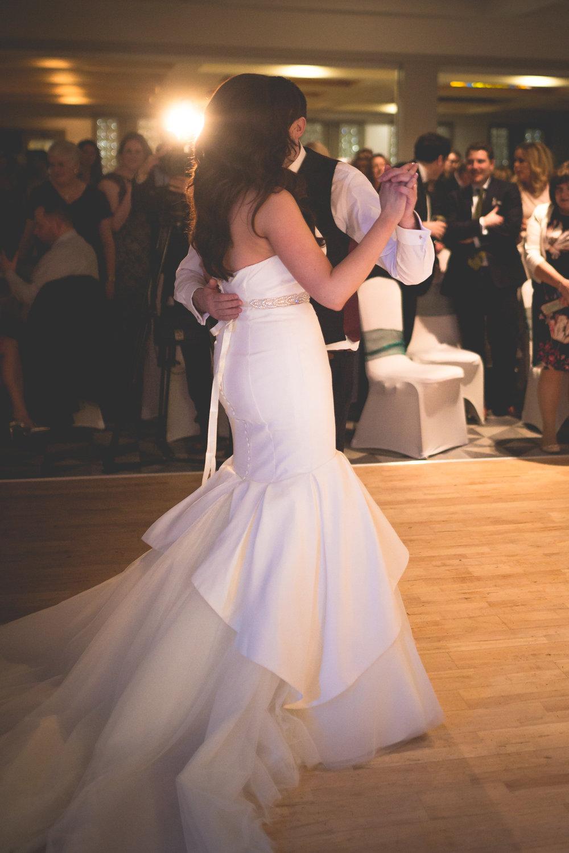 Francis&Oonagh-Dancing-18.jpg