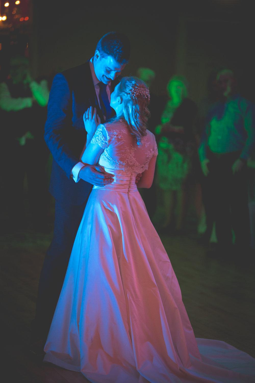 Steve_Emma_Dancing-11.jpg