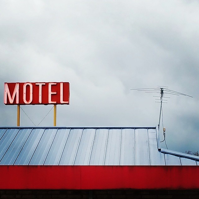 Motel on a cloudy day | Vancouver, WA