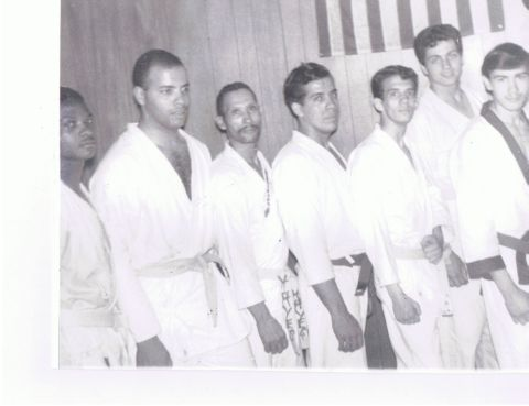 hector_martinez_at_judo_twins_dojo_1964_(2).jpg
