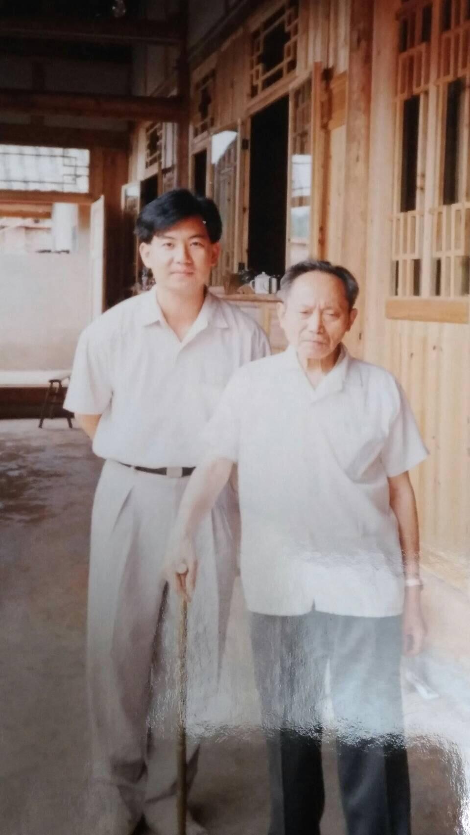TaiChi and QiGong Master Er Mei.JPG