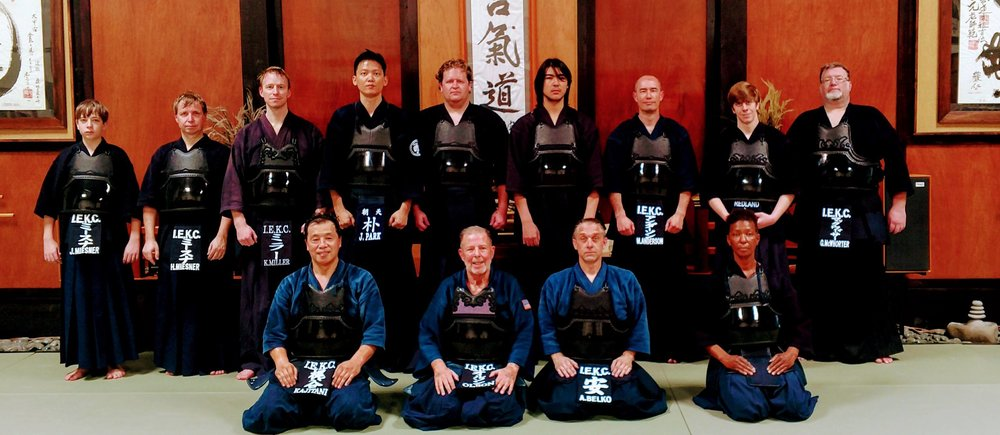 kendo group pic.jpg