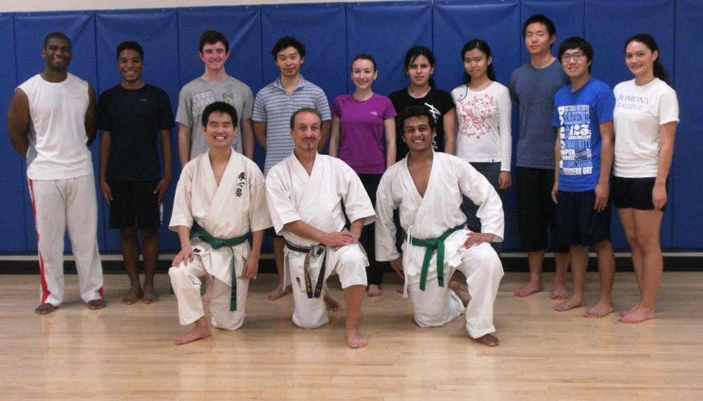 Pomona Col Shotokan Fall '12.jpg
