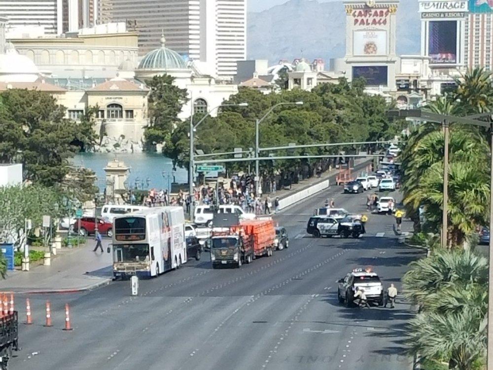 Vegas Standoff