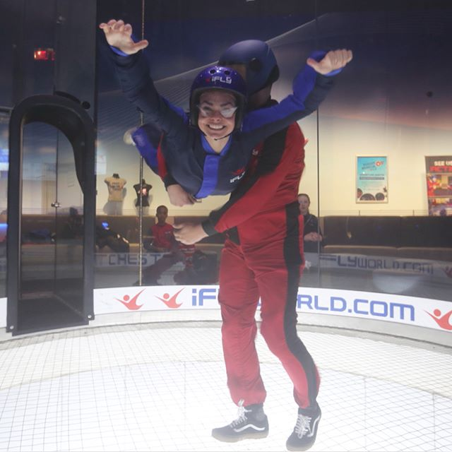 Smile High Club ✈️ • • • • • • #ifly #skydiving #freefalling ~ #actress #actor #nyc #actorslife #photography #set #setlife #tv #film #theatre #regionaltheatre #stage #standup #model #instagood #nyu #tisch #makeup #hair #friends #friendshipgoals #westchester #newyork #stunt #tb