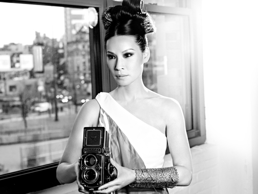 lucyliu_05-window1_0485_v2-bw.jpg