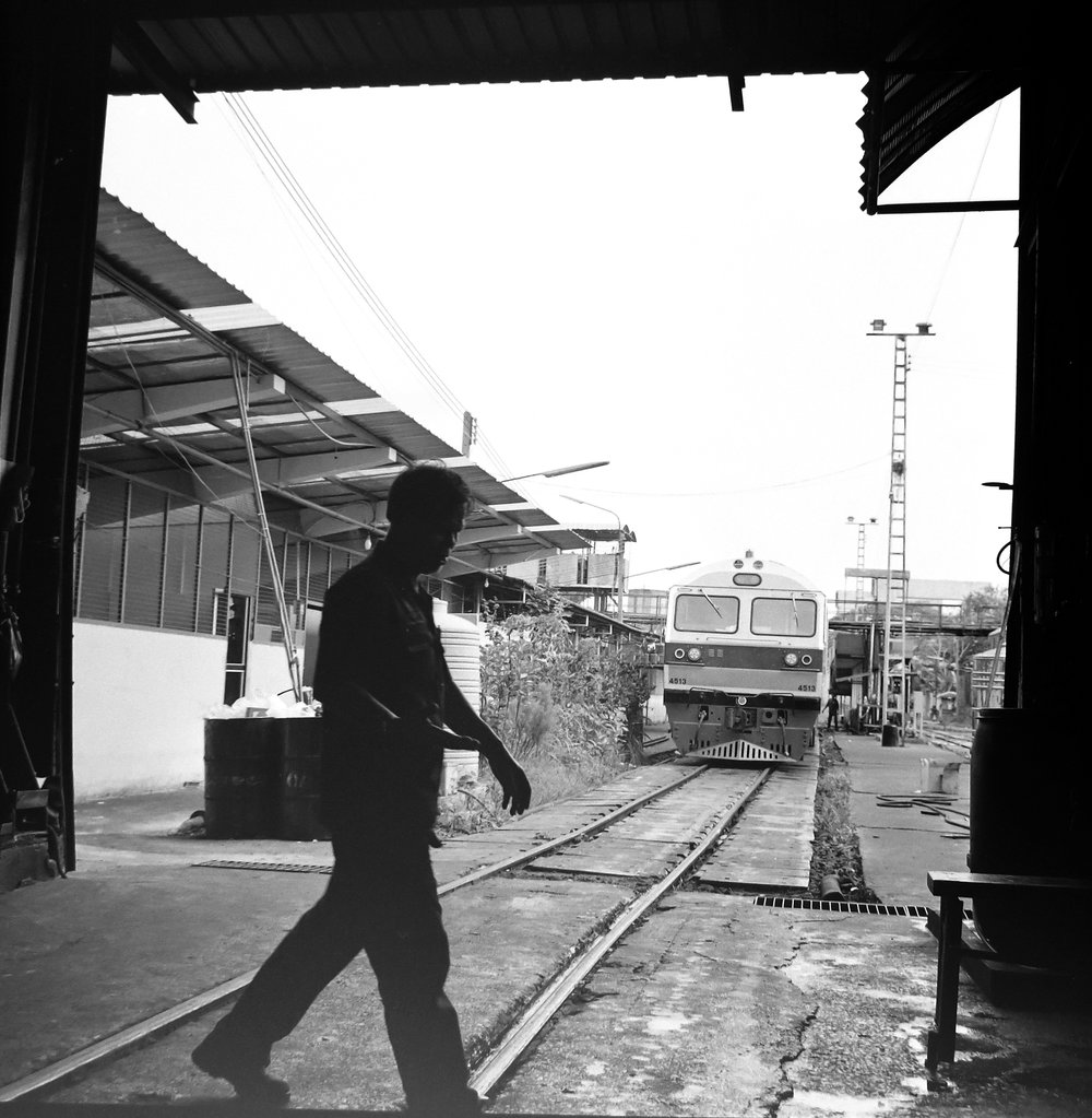 chromacomaphoto bangkok thailand film photography rolleiflex 3 5e xenotar delta 400 train shed depot service b and w (8).JPG