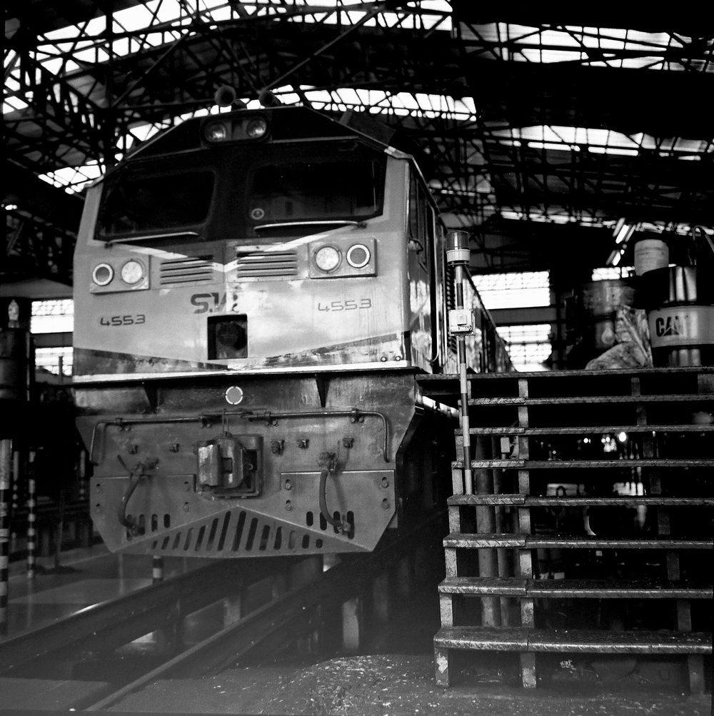 chromacomaphoto bangkok thailand film photography rolleiflex 3 5e xenotar delta 400 train shed depot service b and w (5).JPG