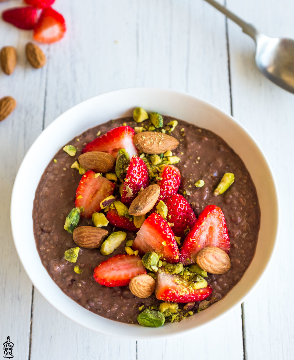 chocolate protein pudding  (5 of 1).jpg