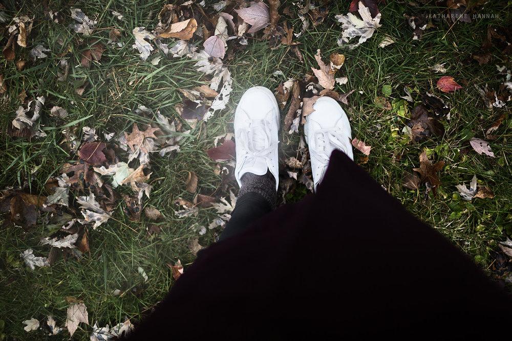 grayspace_feet.jpg