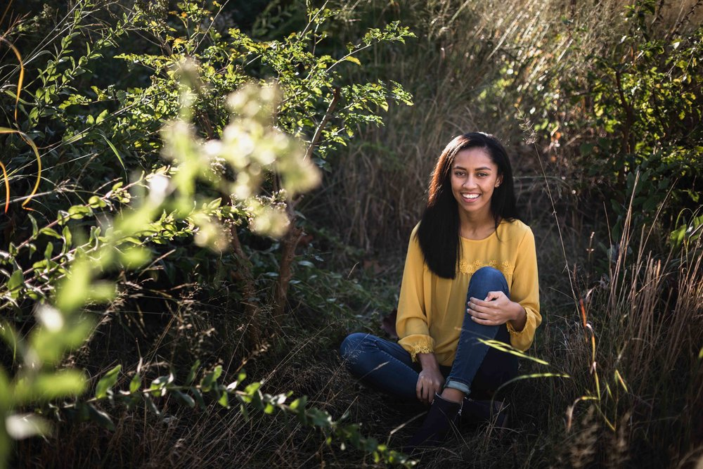 Nature inspired Lincoln Park Zoo senior pictures with Chicago portrait photographer Katharine Hannah