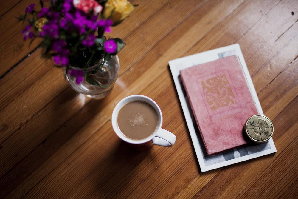 FREE STOCK PHOTOS - Floral inspired stock photos for creative entrepreneurs