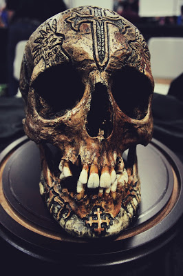 Amazing Art Carved on Real Human Skulls — FLAKOVELI