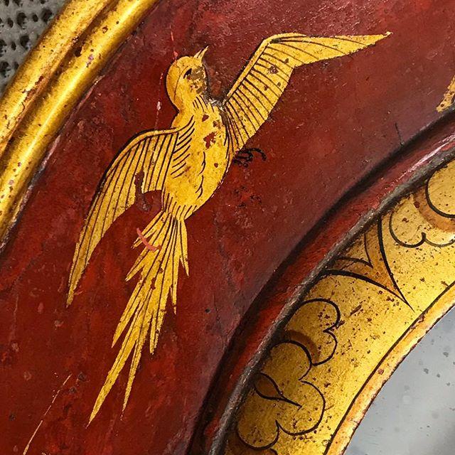 #details #antique #lacquer #raisedgilding #restoration #craftsmanship #preservation #studio