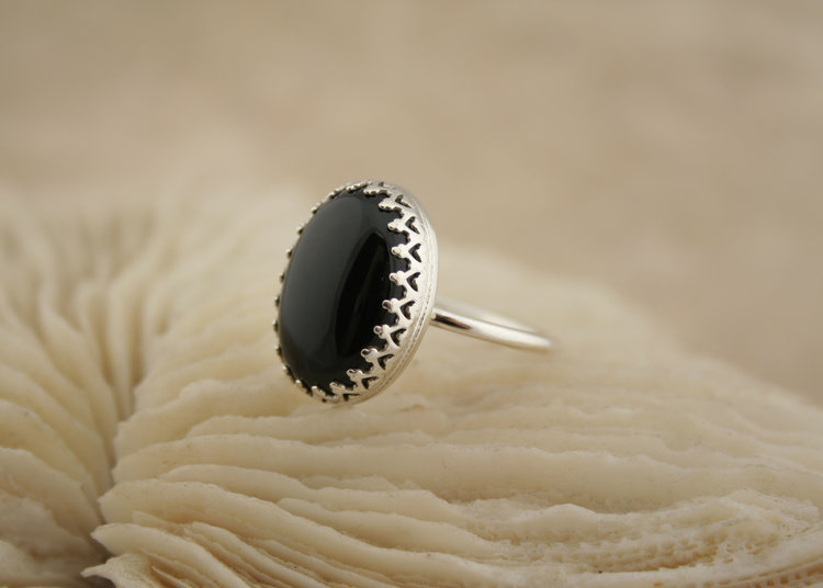 round amethyst onix jaipur product silver jewelry pearl moonstone rainbow ring onyx rings jewellery black
