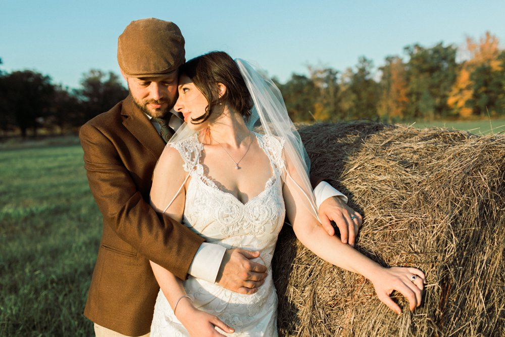 MN Rustic Barn Wedding by Marc Andreo Photography_6910.jpg