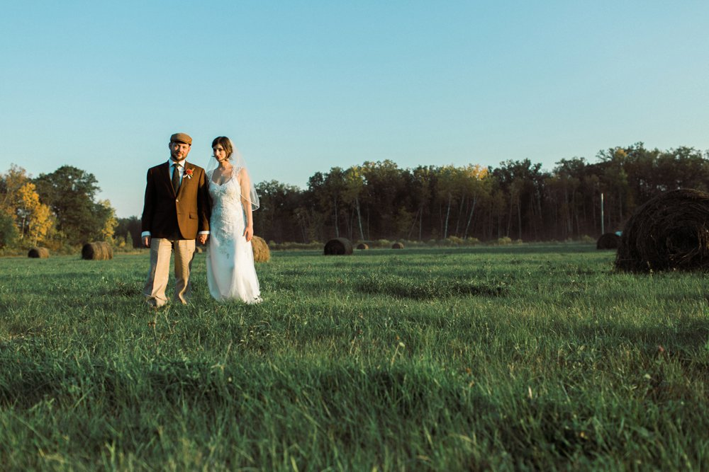 MN Rustic Barn Wedding by Marc Andreo Photography_6914.jpg