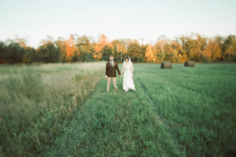 MN Rustic Barn Wedding by Marc Andreo Photography_6924.jpg