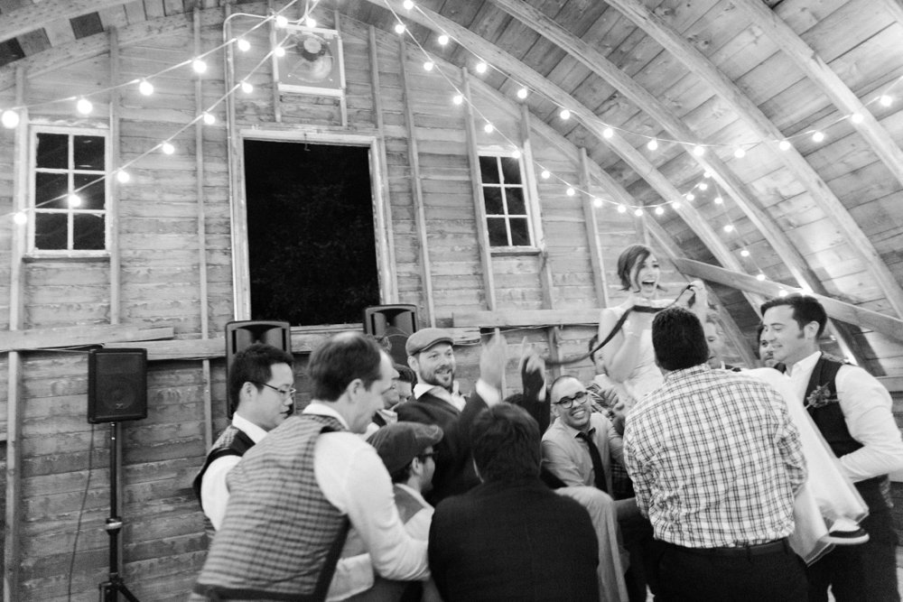 MN Rustic Barn Wedding by Marc Andreo Photography_7012.jpg