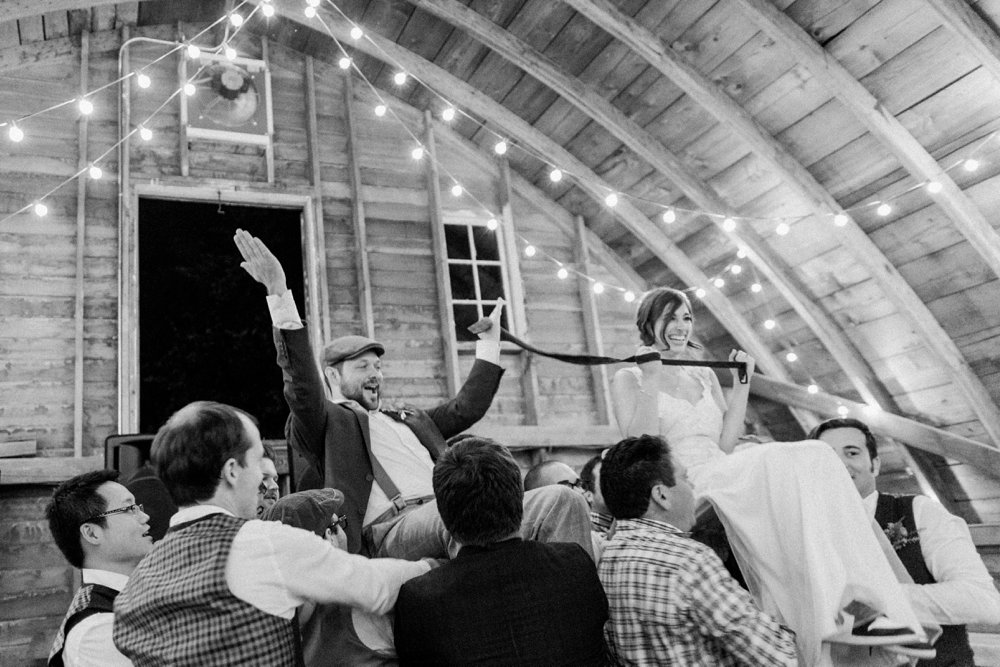 MN Rustic Barn Wedding by Marc Andreo Photography_7013.jpg