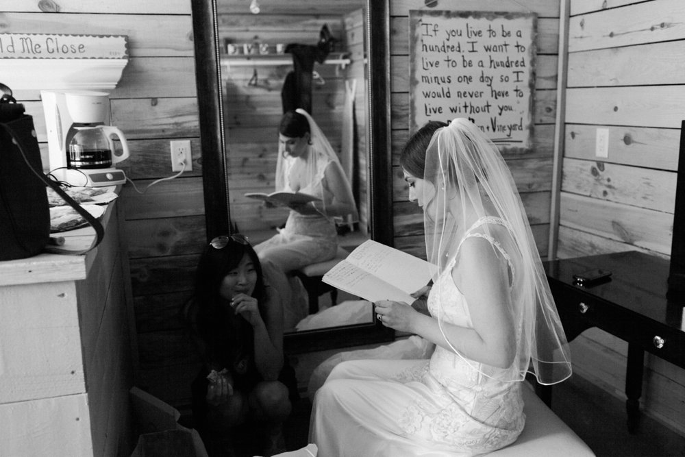MN Rustic Barn Wedding by Marc Andreo Photography_6981.jpg