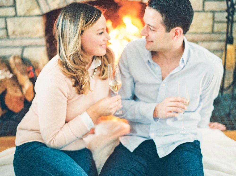 Minneapolis Winter Engagement_9994.jpg
