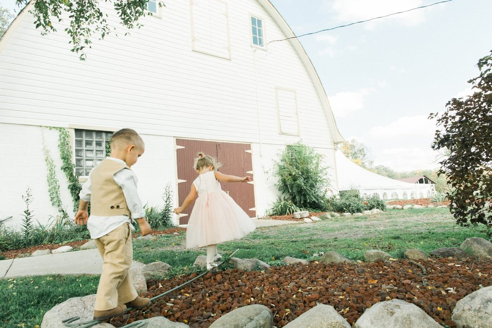 Rum River Barn Wedding by Marc Andreo Photography_7108.jpg