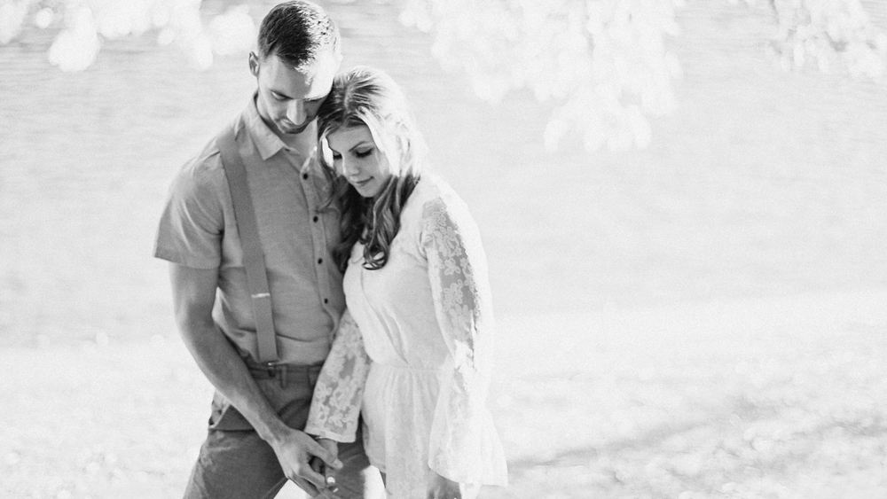 MN Engagement Pictures