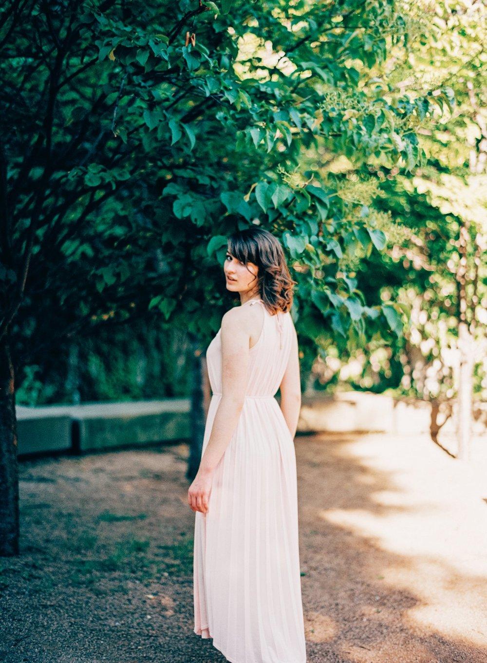 Walker Sculpture Garden Engagement_5738.jpg