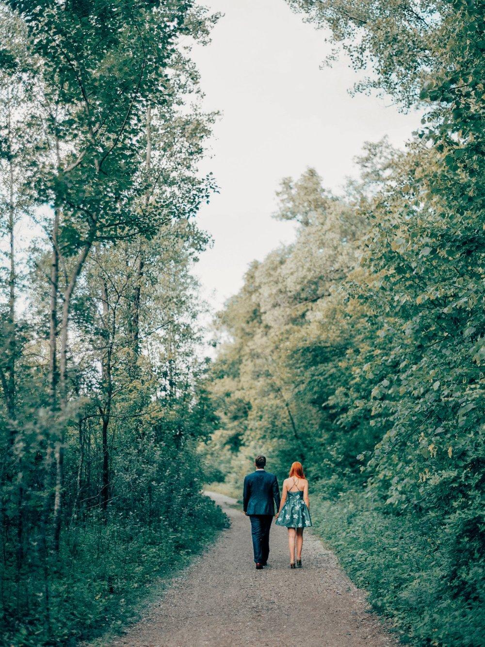 Kenilworth Trail Engagement_5745.jpg