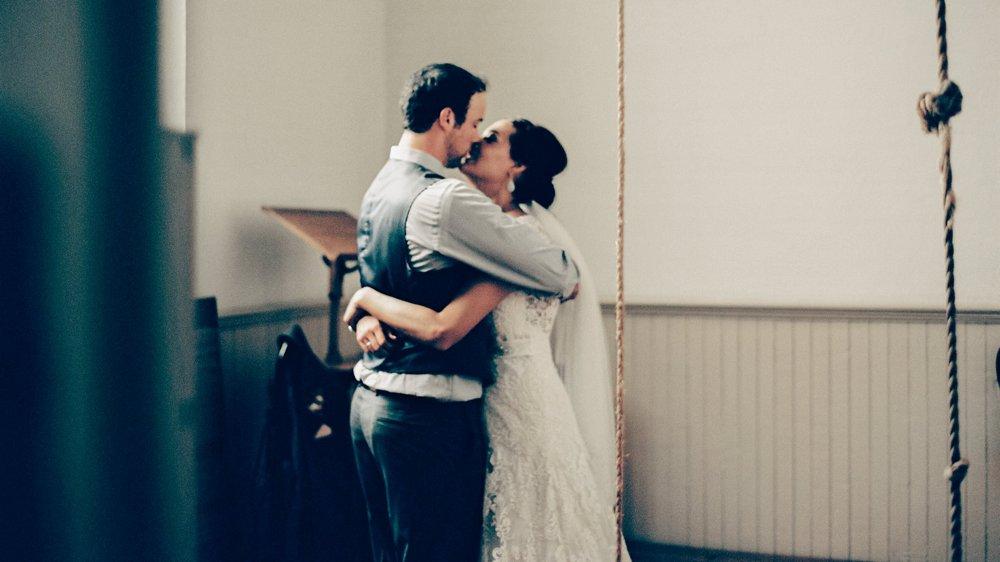 Bride and Groom Minnesota