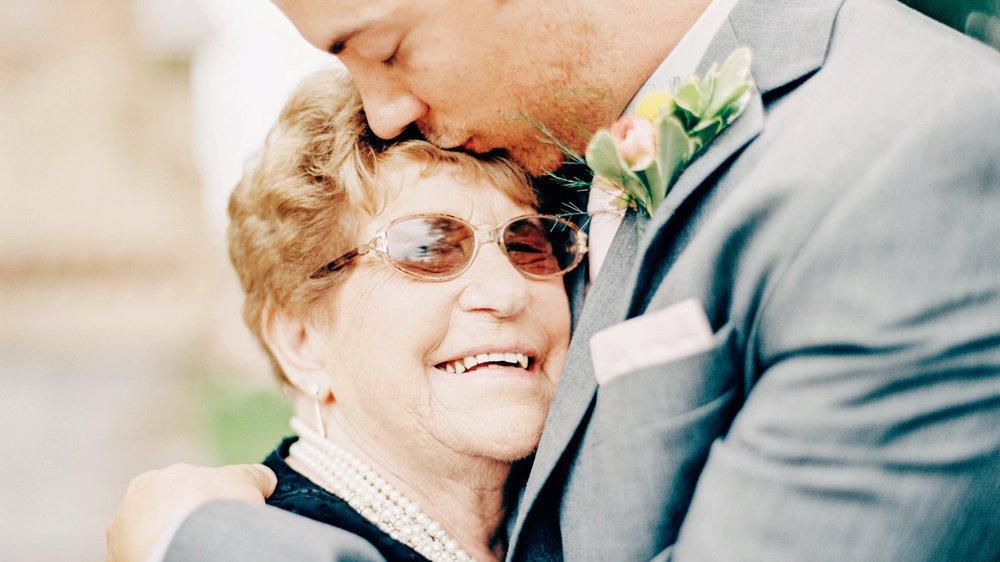 Grandparents at wedding Minnesota