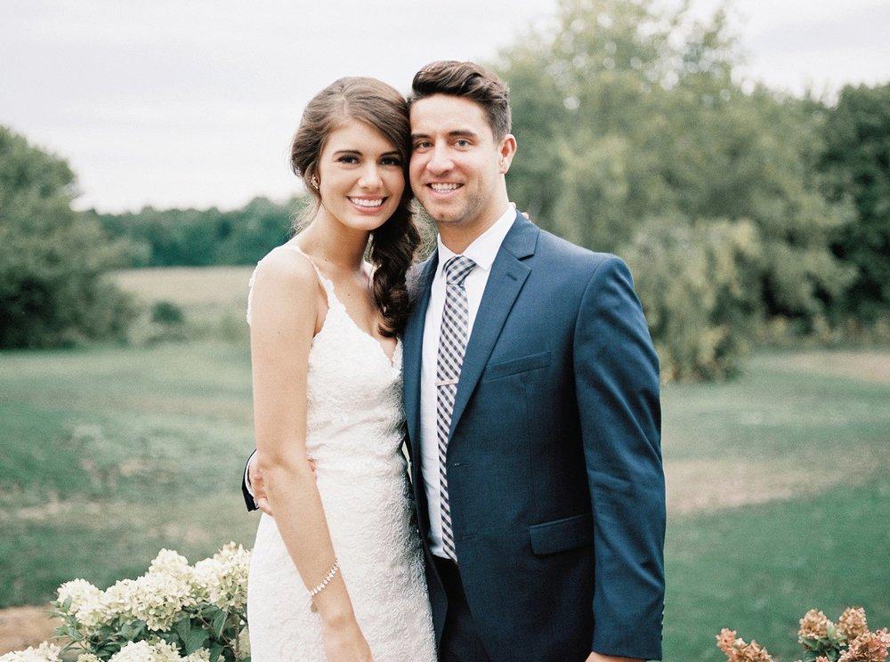 Bloom Lake Barn Wedding_4895.jpg