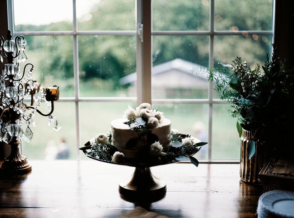 Bloom Lake Barn Wedding_4900.jpg