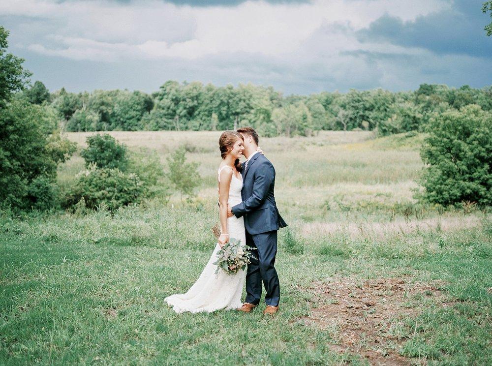 Bloom Lake Barn Wedding_4942.jpg